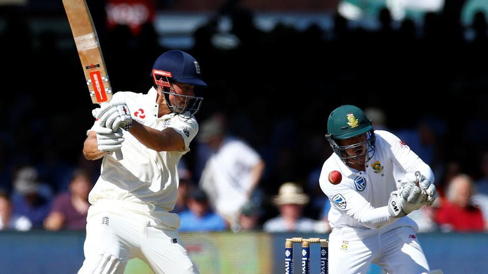 England ended day three 216 runs ahead as Alastair Cook stroked his 54th Test fifty.  Get Day 3 full cricket score of England vs South Africa here