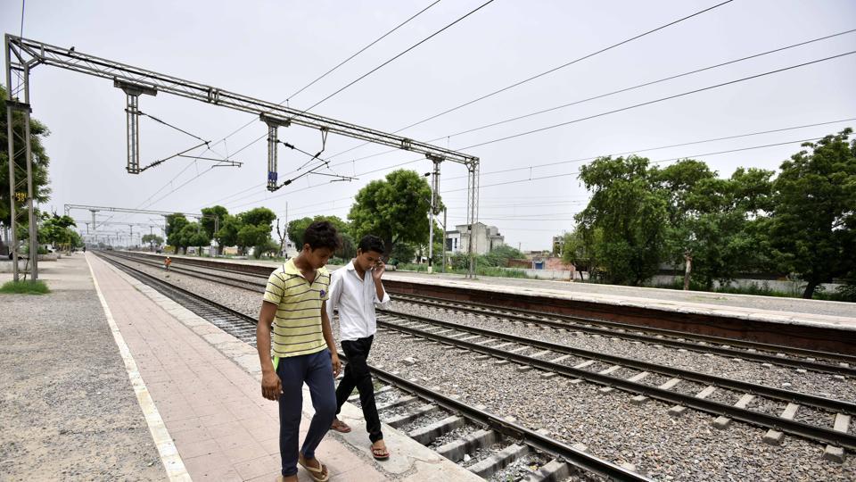 Junaid Khan's brothers at Ballabhgarh railway station in Faridabad.