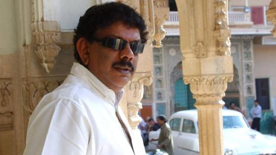 Vikram Kumar worked as an assistant to Priyadarshan.