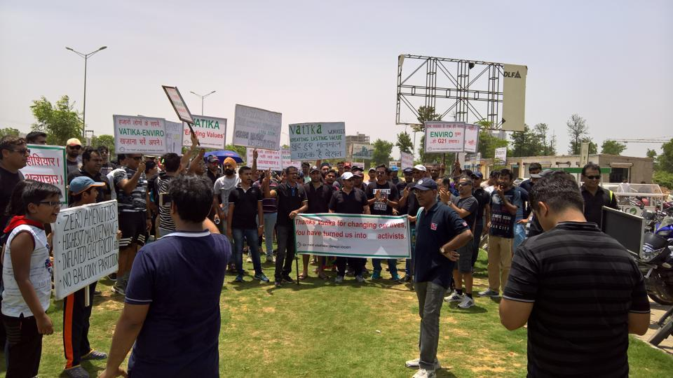 Vatika Limited,Sector 83,Residents Protest