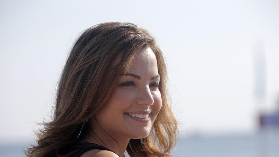 Erica Durance essayed the role of Lois Lane in the Superman series Smallville.