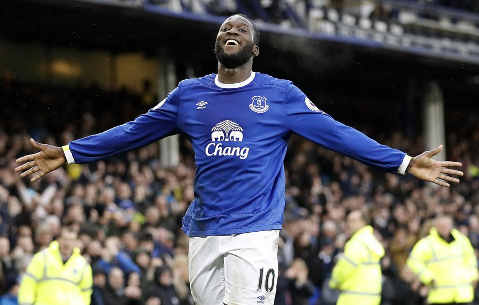 Romelu Lukaku says his move to Manchester United was impossible to turn down.