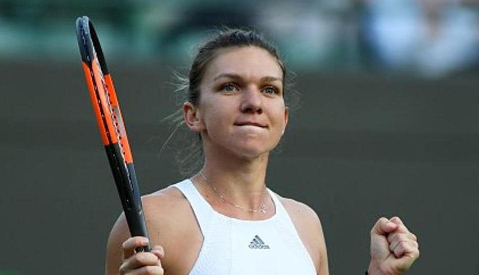 Simona Halep defeated Victoria Azarenka 7-6 (7/3), 6-2 to enter Wimbledon 2017 quarters.