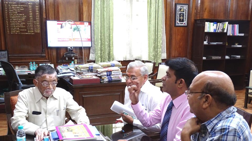 "A team of NEA members led by its president, Vipin Malhan, called on UP finance minister Santosh Kumar Gangwar and urged him to reduce GST on fans, electric press, mixer, juicers, toasters, among others, as these gadgets are used by ""poor"" consumers."