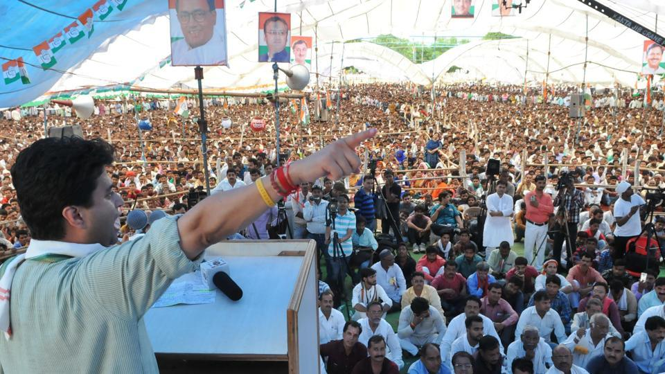 Senior Congress leader and Guna MP, Jyotiraditya Scindia, addresses Kisan convention at Lahaar near Gwalior, Madhya Pradesh, on Monday.