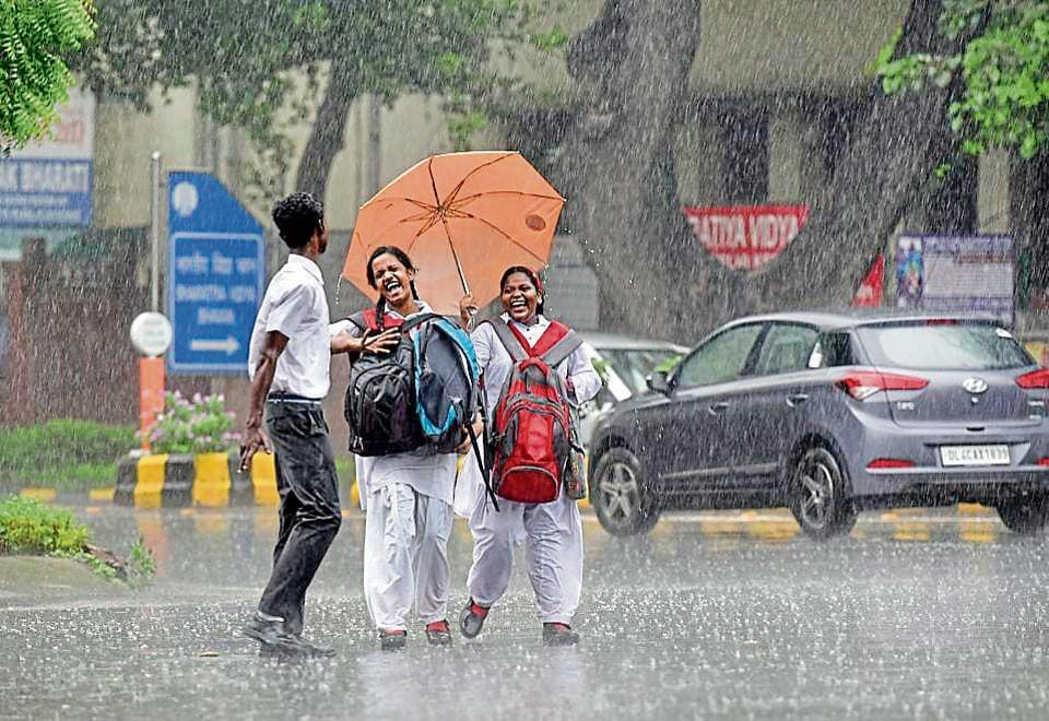 Parts of the city, such as Lodhi Road, received up to 41.0 mm of rain -- the highest since monsoon arrived on July 2. The city had received around 17.6 mm of rain on July 6 night. After this, there had been hardly any rain.