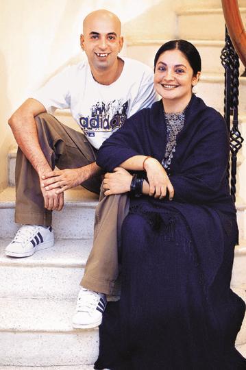 Turns Out Pooja Bhatt And Manish Makhija Aka Udham Singh