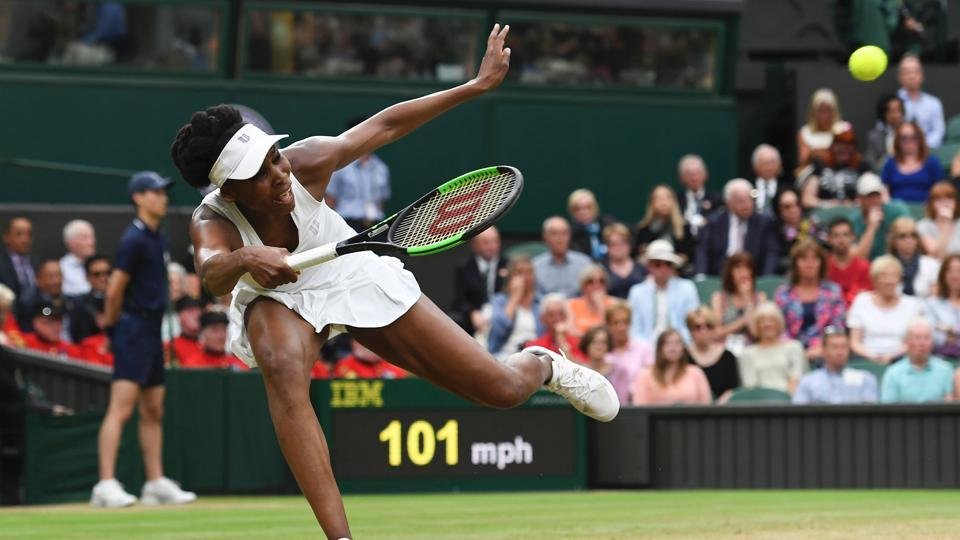 Venus Williams beat Jelena Ostapenko  6-3, 7-5 to enter the semi-finals.  (AFP)