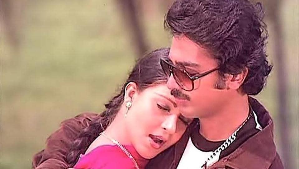 A still from K Balachander's classic Ek Duuje Ke Liye starring Kamal Haasan and RatiAgnihotri.