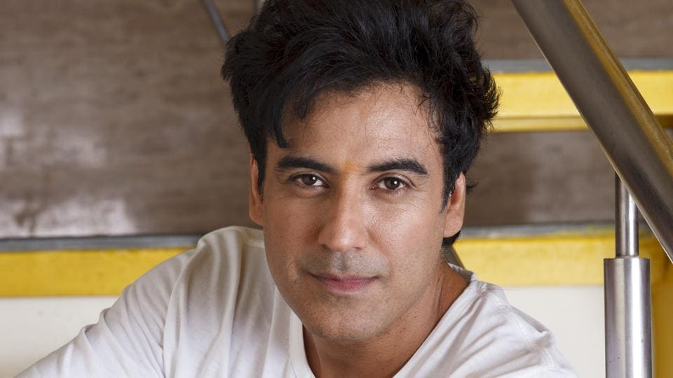 Karan Oberoi is making a comeback on the small screen with a new show, where he plays a psychiatrist.