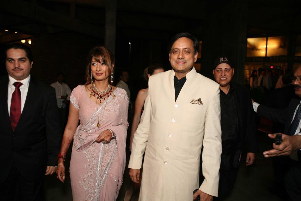 Delhi high court,Sunanda Pushkar,Shashi Tharoor