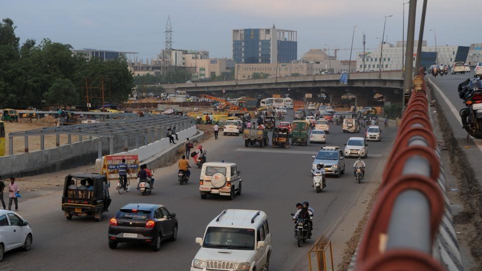 Gurgaon police,gurgaon traffic police,gurgaon police commissioner