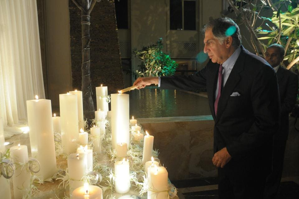 Ratan Tata lighting a candle at the memorial at Taj Mahal hotel on the first anniversary of 26/11.