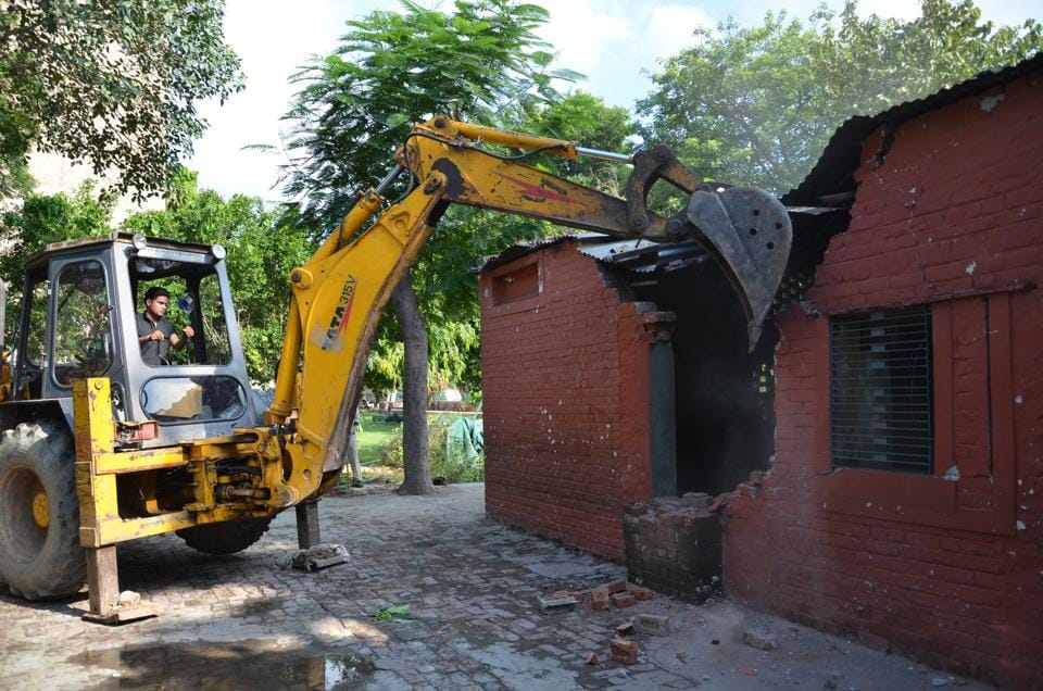 The Ghaziabad corporation on Thursday demolished the building of St Mary School in Model Town.
