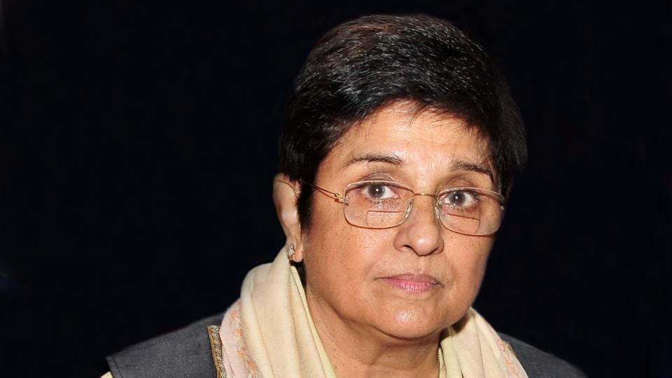 Kiran Bedi found the toilers in the VIP lounge to be 'unclean' and pulled up the officials.