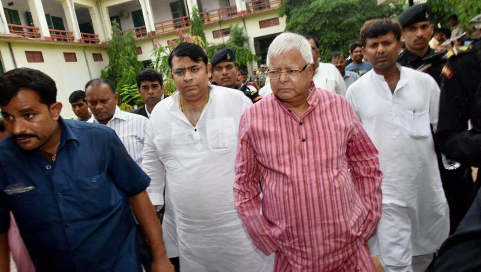 RJD chief Lalu Prasad arrives at a special CBI court in Ranchi on Thursday in connection with the fodder scam.