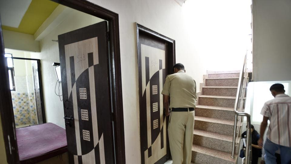 There were frequent arguments in the PG accommodation in DLF Phase 3 where the incident took place.