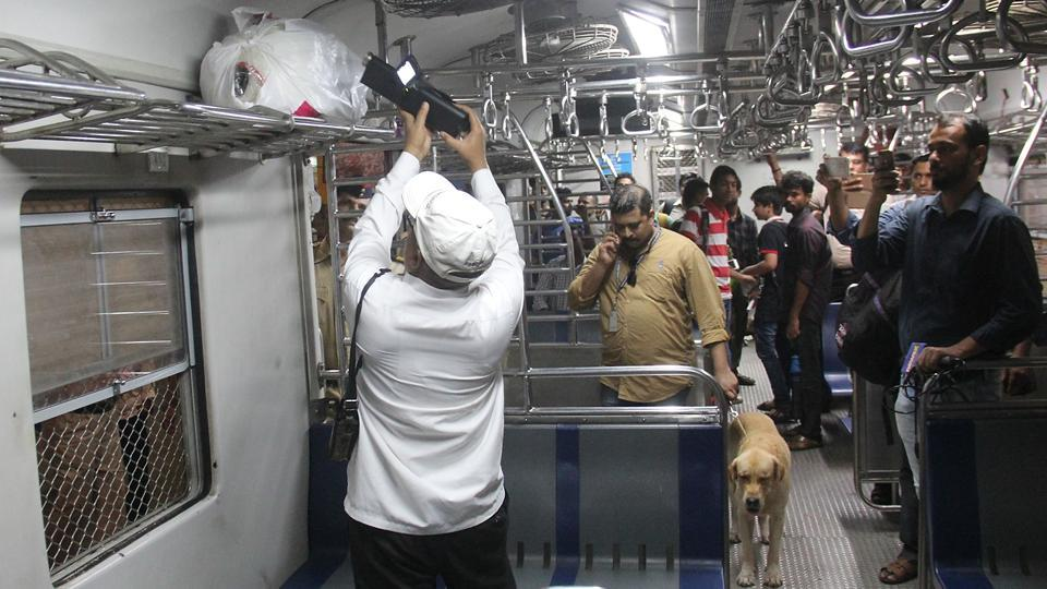 Personnel conduct check in a train. (Bhushan Koyande/HT PHOTO)
