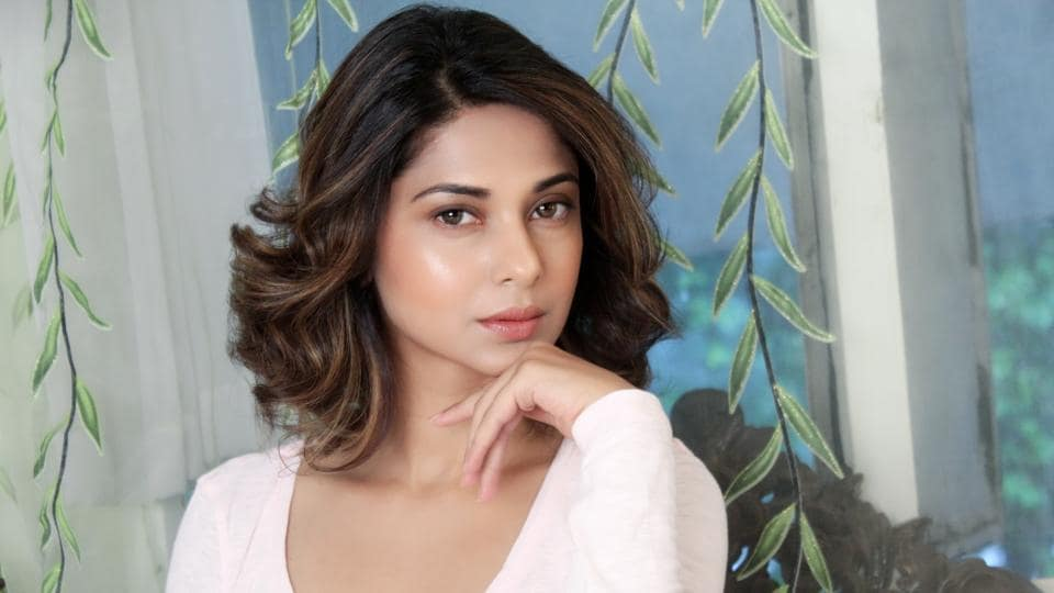 Actor Jennifer Winget plays the lead character, Maya, in TV show Beyhadh.