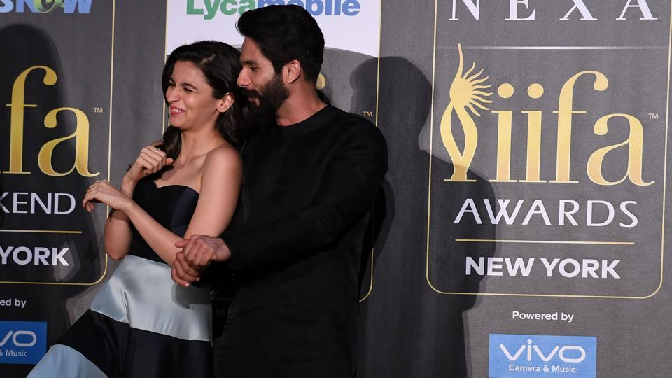 Alia Bhatt and actor Shahid Kapoor dance at the press conference. (AFP)