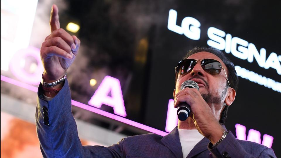 Gulshan Grover speaks to fans during IIFA Stomp in the Times Square on July 13. (AFP)