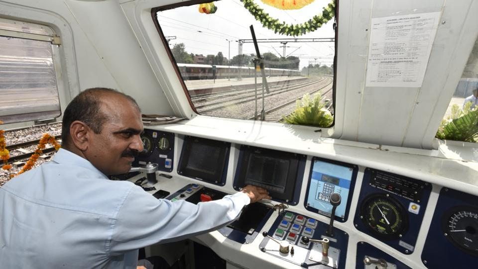 The new rake built at Integral Coach Factory (ICF) in Chennai have a life of 25 years . (Arvind Yadav/HT PHOTO)