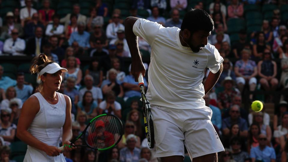 Rohan Bopanna-Gabriela Dabrowski in action against Henri Kontinen-Heather Watson in the mixed doubles quarter-finals at Wimbledon.