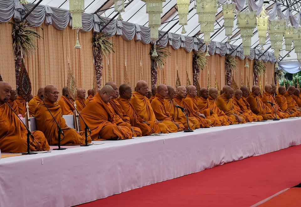 Thailand,Buddhist monks,smart ID cards