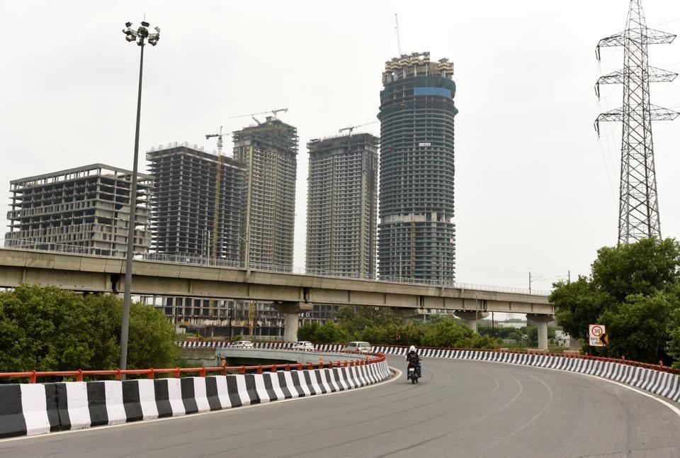 Noida,Noida news,unscrupulous builders