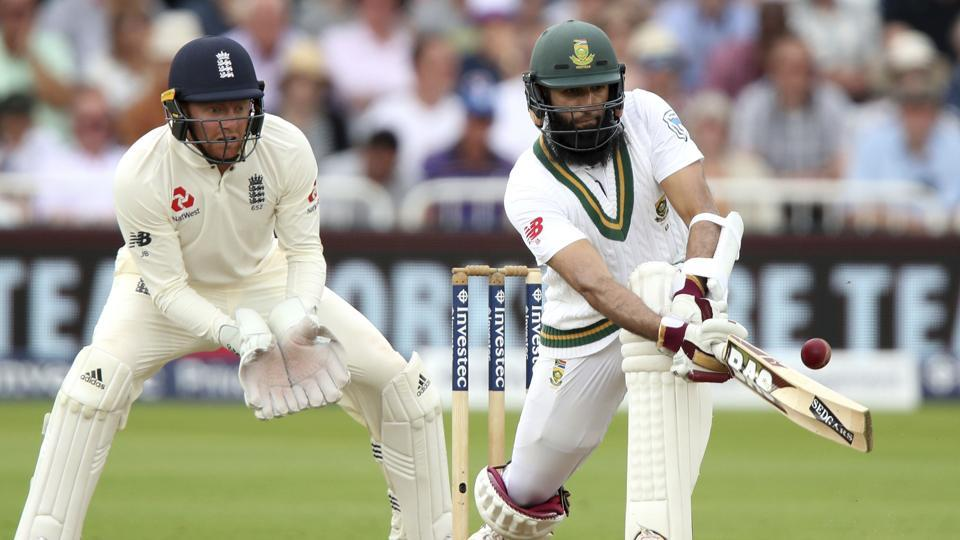 Hashim Amla(R) top-scored for South Africa with a brilliant 87 to put his team in command against England on Day 3 of the second Test at Trent Bridge, Nottingham.