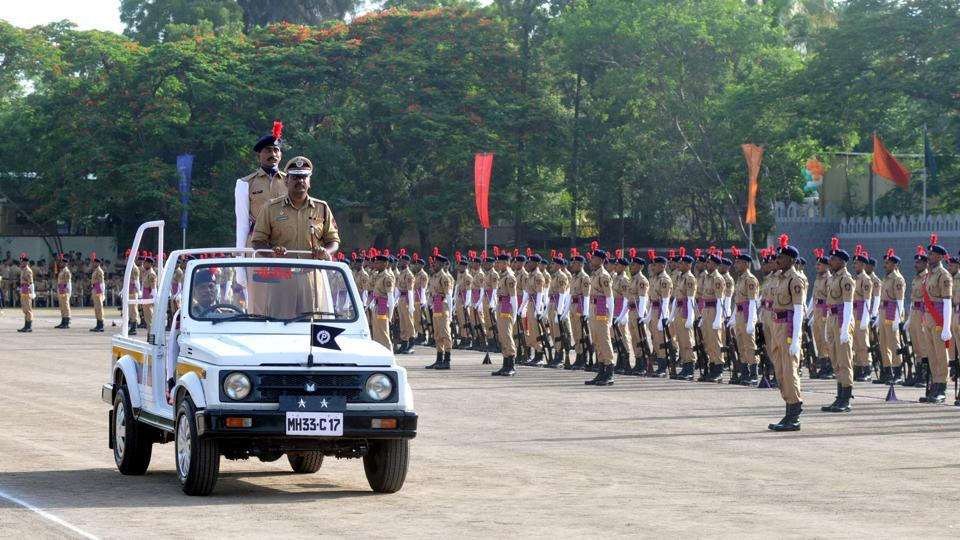Special inspector general of Police, SRPF Pune, Suresh Kumar Mekala during SRPF passing out parade in Pune, on Saturday, July 8, 2017.  (HT PHOTO)