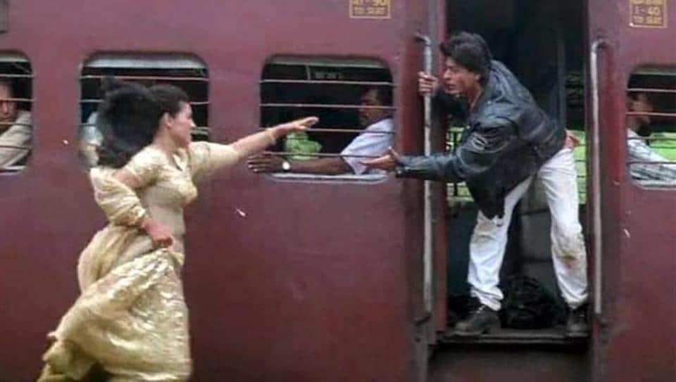 Shah Rukh Khan and Kajol in a still from Dilwale Dulhaniya Le Jayenge.