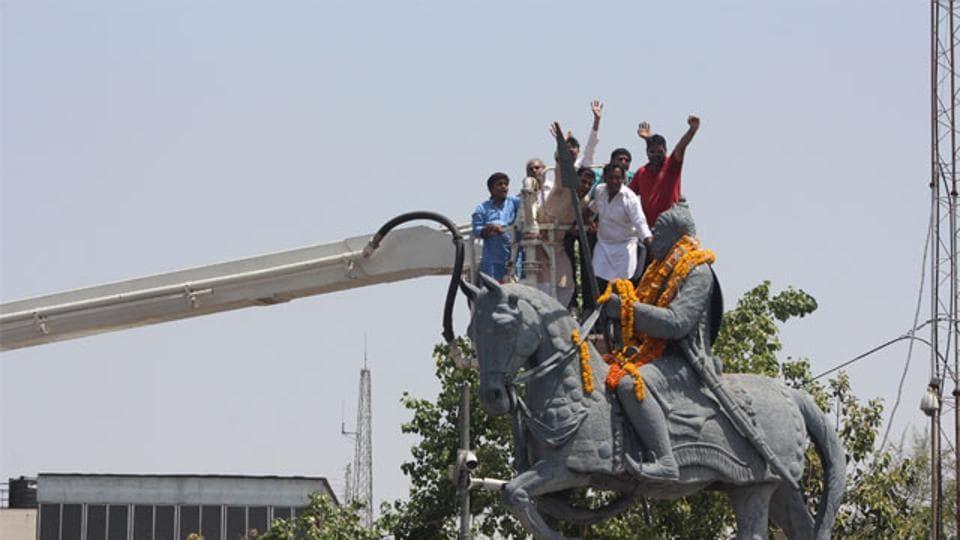 After school, Rajasthan varsity to teach Akbar's Haldighati 'defeat' by Maharana...