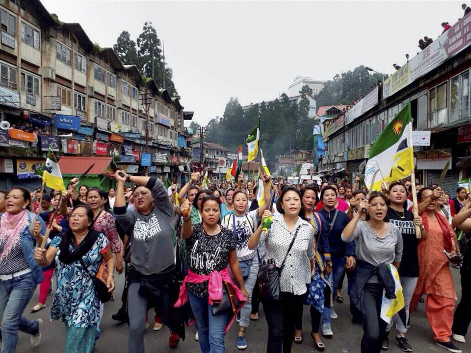 The Gorkha Janmukti Morcha's indefinite bandh in the Darjeeling hills has hit business badly in Siliguri which is dependent on teh north Bengal hills.