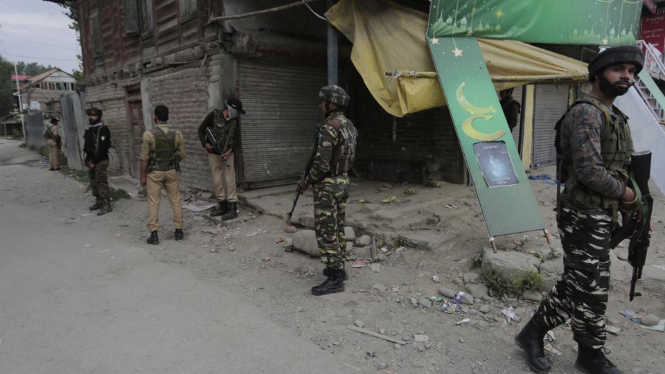 Militants attacked an army convoy in Anantnag district of Kashmir.