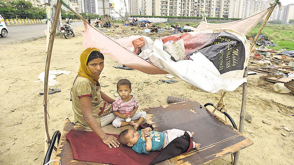 Apart from kiosks and shops, hutments in the area near the Mahagun Moderne housing society in Sector 78 were also demolished in Noida on Monday.