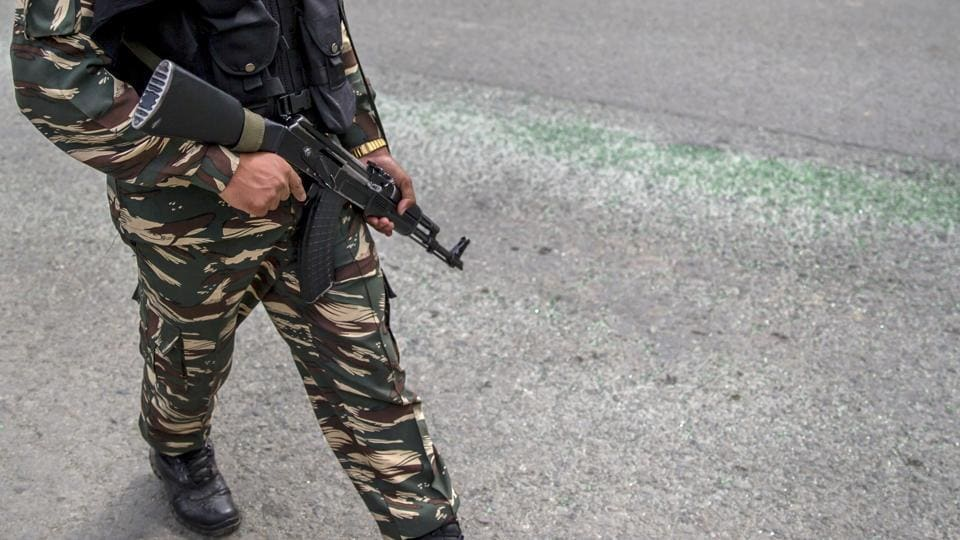 J&K: Army jawan shoots his senior dead