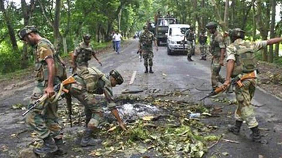 An IED blast exploded in Imphal, injuring four.