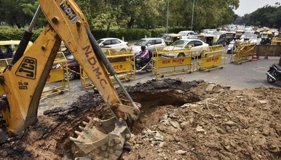 Delhi news,Delhi traffic,India Gate