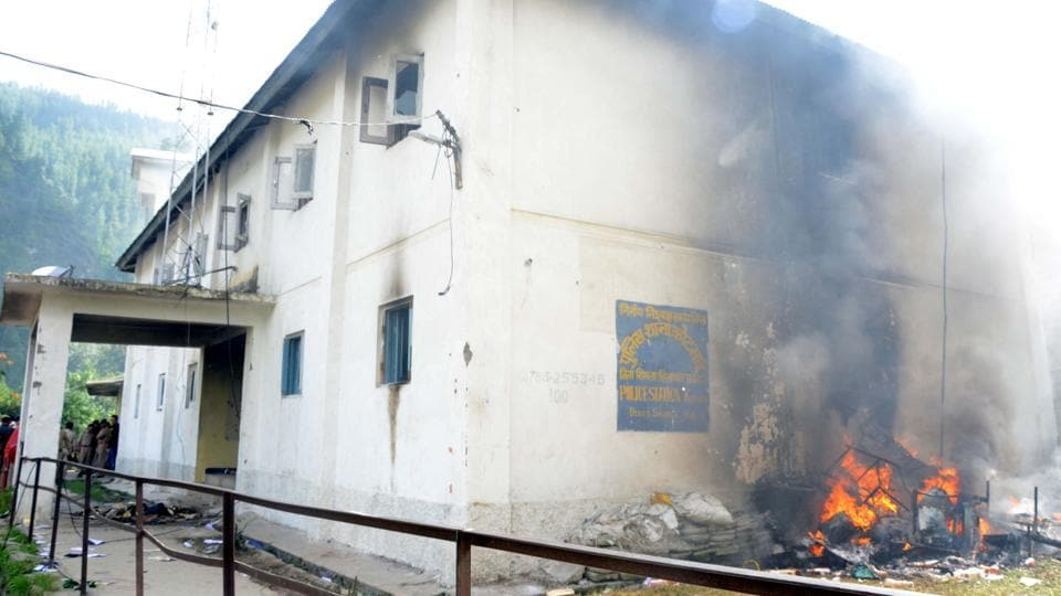 A police station in Kotkhai, near Shimla, that was set on fire by protesters on Wednesday. (Deepak Sansta/HT Photo)