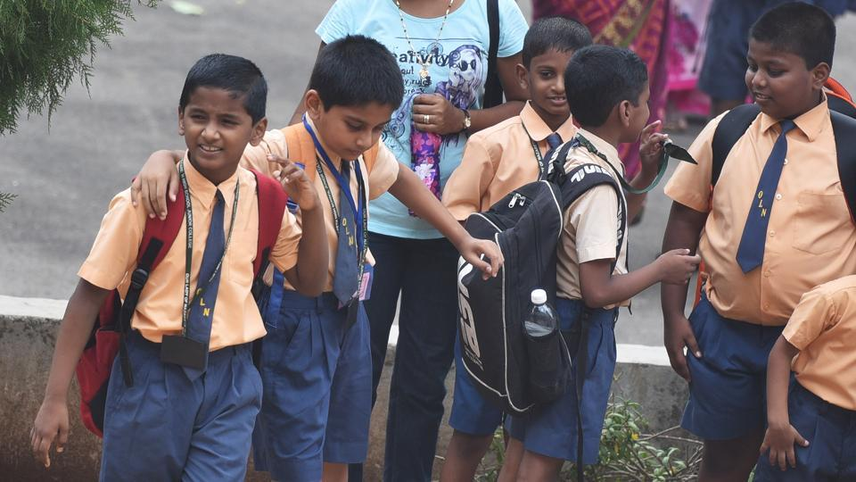In a huge relief to schoolchildren in Telangana, the government  has ordered the reduction in the weight of school bags.