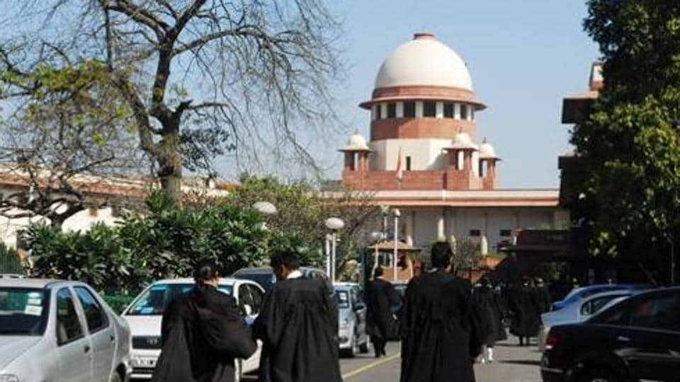 Maharashtra Students and parents have challenged the decision by the Aurangabad Bench of the Bombay High Court to relax domicile rules for admission to medical and dental colleges.