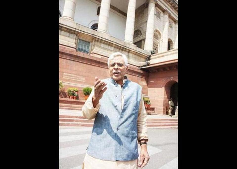 Ex-MP Shivanand Tiwary's FB post on CM Nitish Kumar may exacerbate crisis in Bihar's