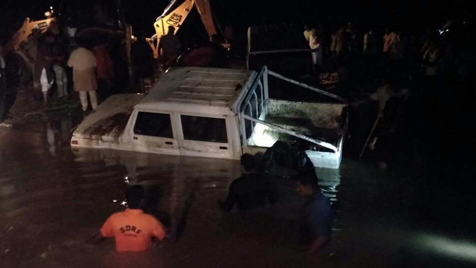 Three killed in Rajasthan as vehicles swept away while crossing flooded road