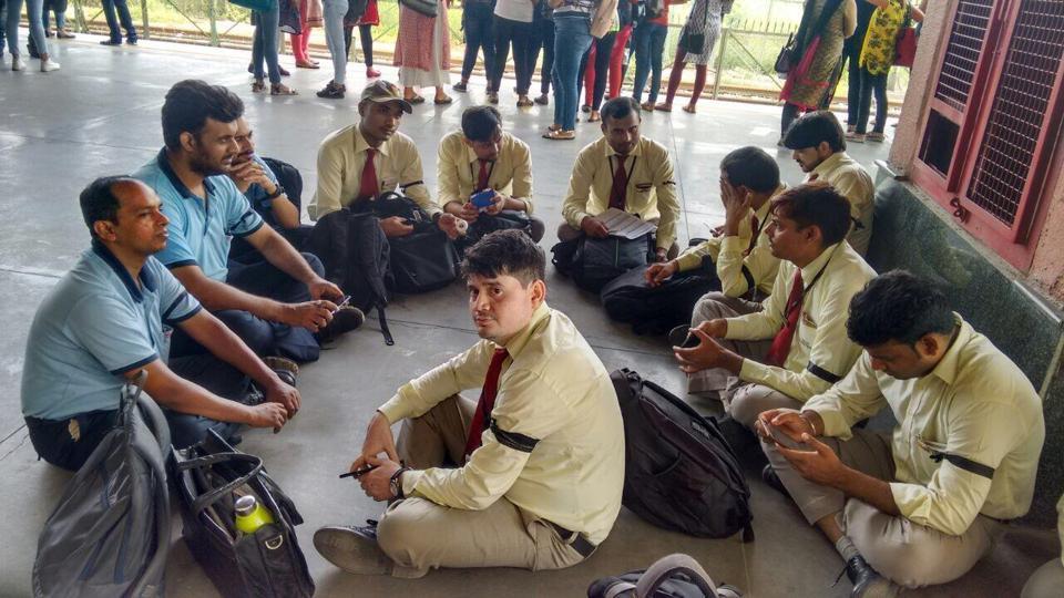 Delhi metro,DMRC,Non-executive staff