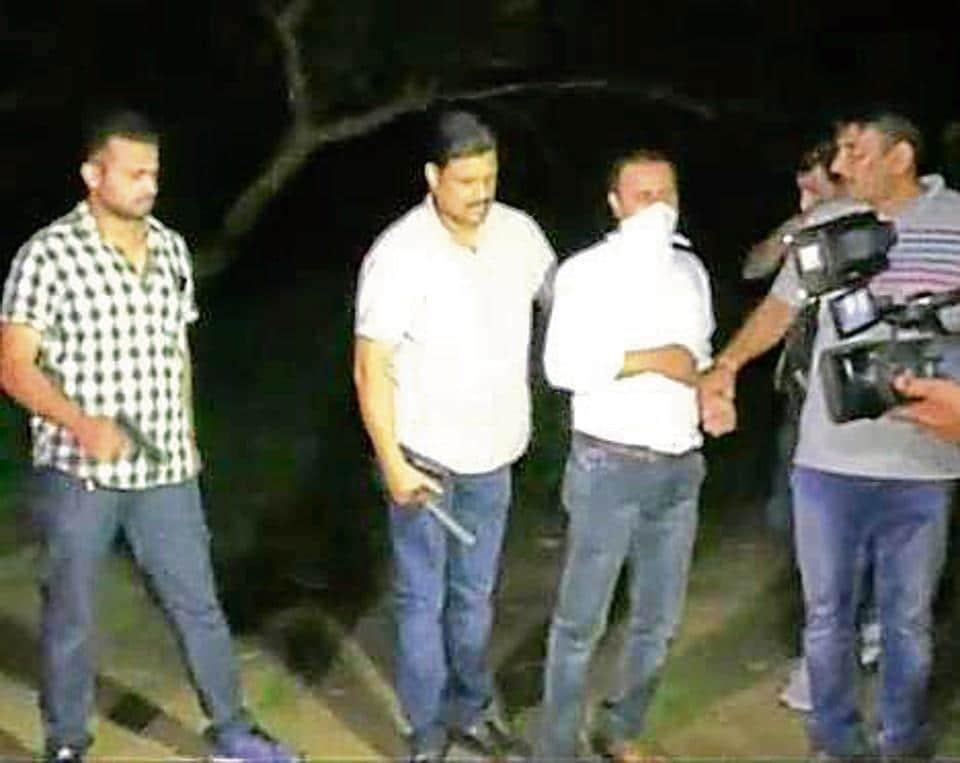 Live encounter,Ghaziabad cops,Ghaziabad police