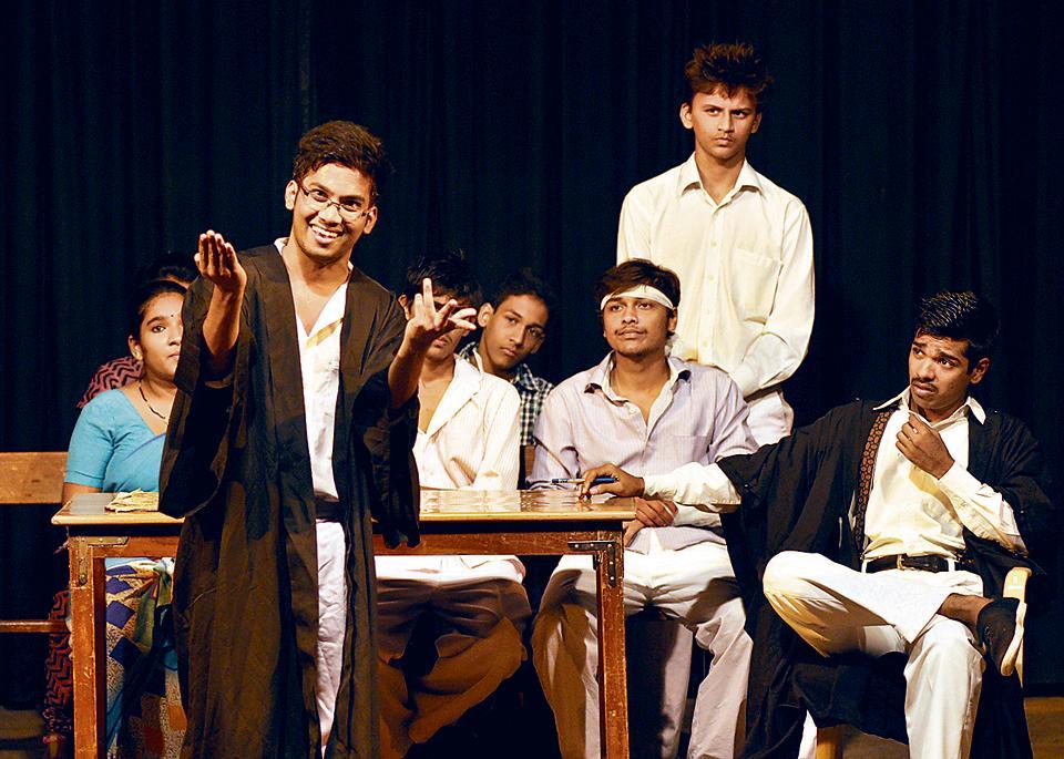 Purushottam Karandak,inter-collegiate,one-act play