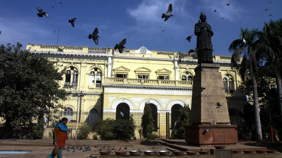 NDMC revives plan to turn 150-yr-old Town Hall in Chandni Chowk into a cultural...
