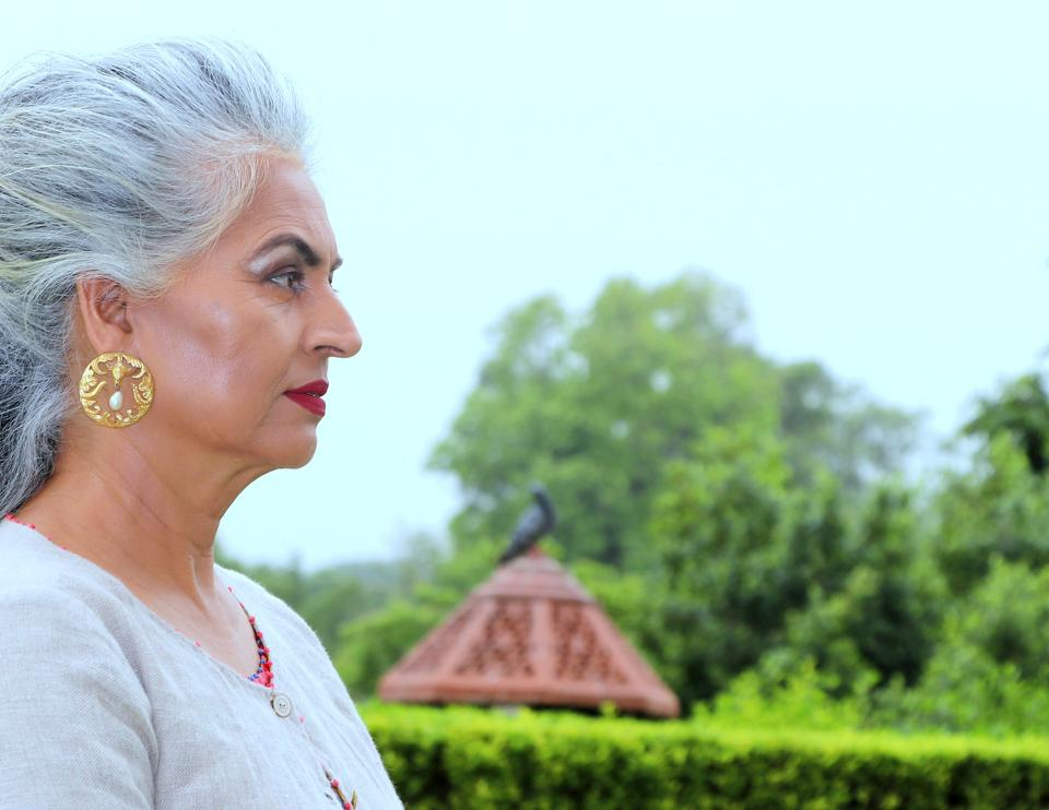 Sapna  Datta, 60, has done print ads for jewellery and garments brands. The interior designers started her modelling career at 50. For our shoot, she has styled her grey mane in an elegant quiff and accentuated her look with red lips.  (HT Photo/ Shara Ashraf )