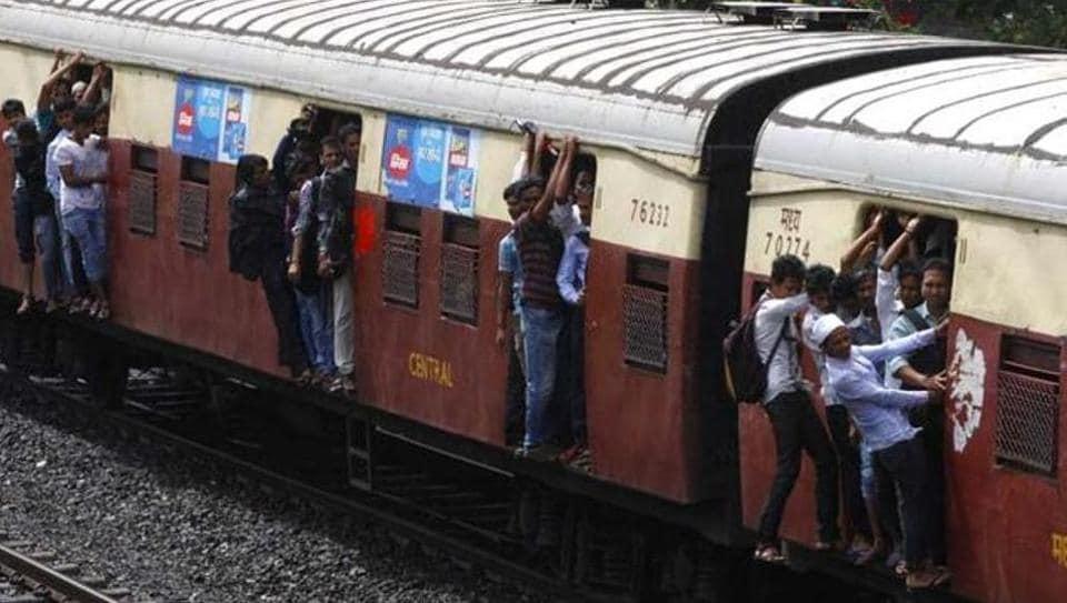 Mumbai news,train accident,GRP